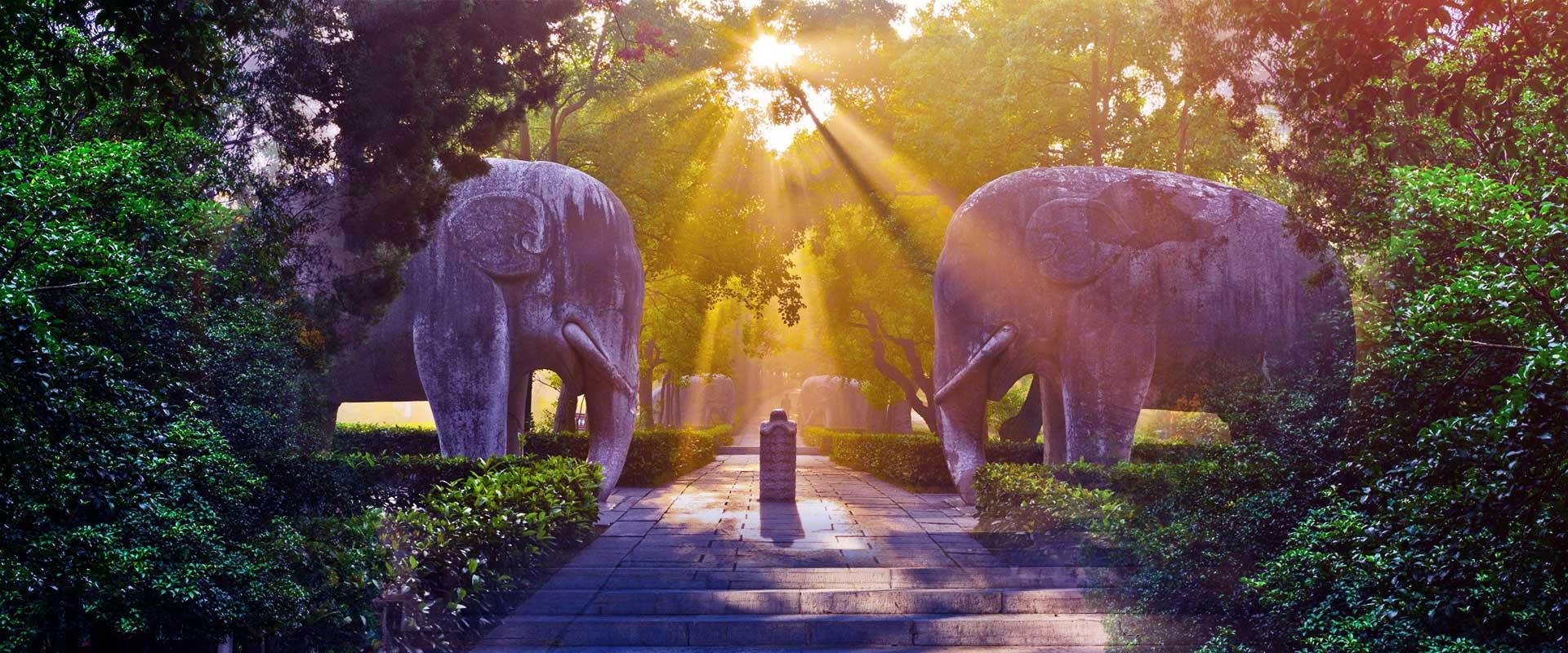 https://ru.gonanjingchina.com/sites/default/files/nanjing-travel-ming-tomb.jpg